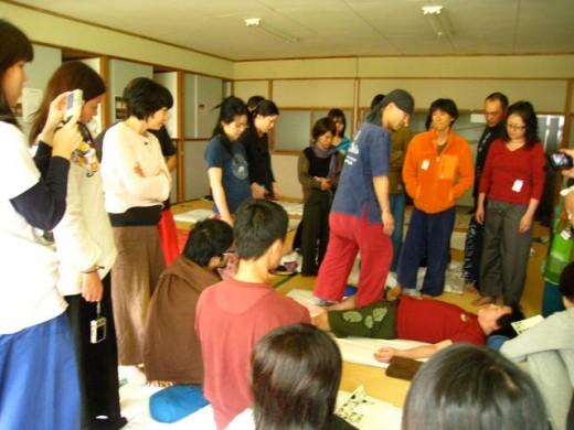 北村誠さんによる講習風景「キワをキワめる」